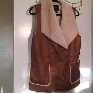 Forever 21 Faux Suede & Sherling fully lined vest